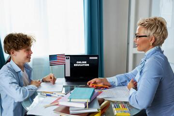 تدریس زبان در منزل