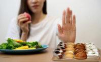 مصرف شیرینیجات را کم کنید