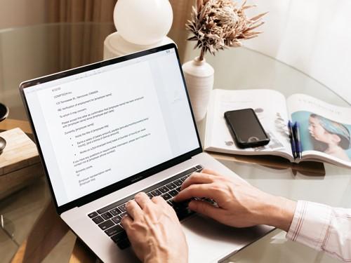 نوشتن نامه تجاری درخواست کار به انگلیسی